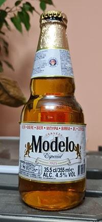 Modelo Especial by Grupo Modelo